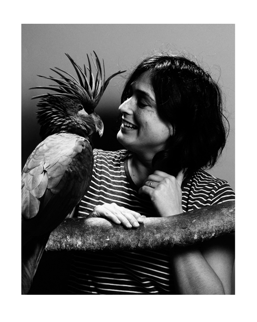 Leila Jeffreys with Seisa the Palm Cockatoo. Photo by Darren Clements
